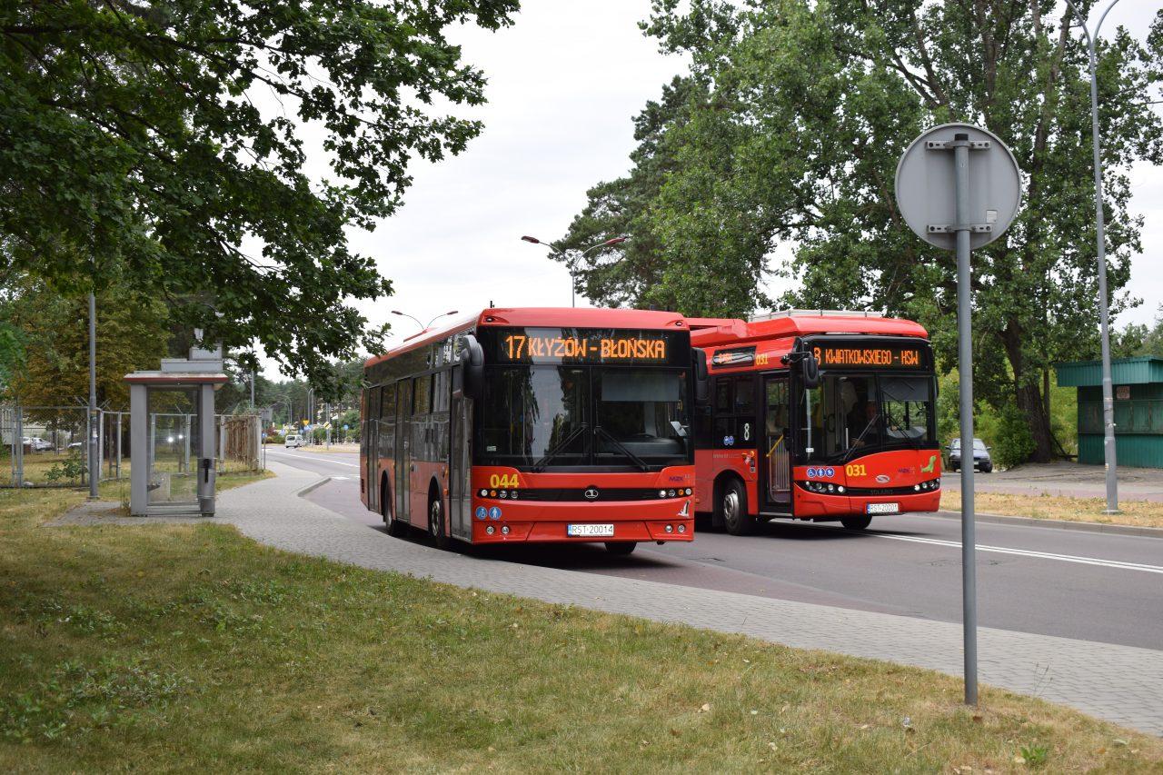 zdjęcie autobusów w Stalowej Woli