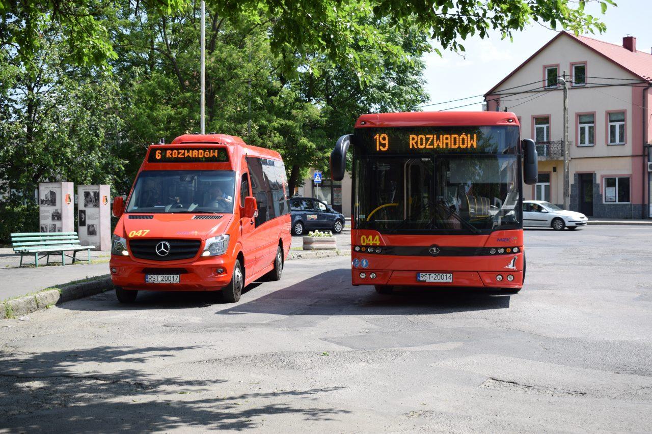 zdjęcie busa i autobusu