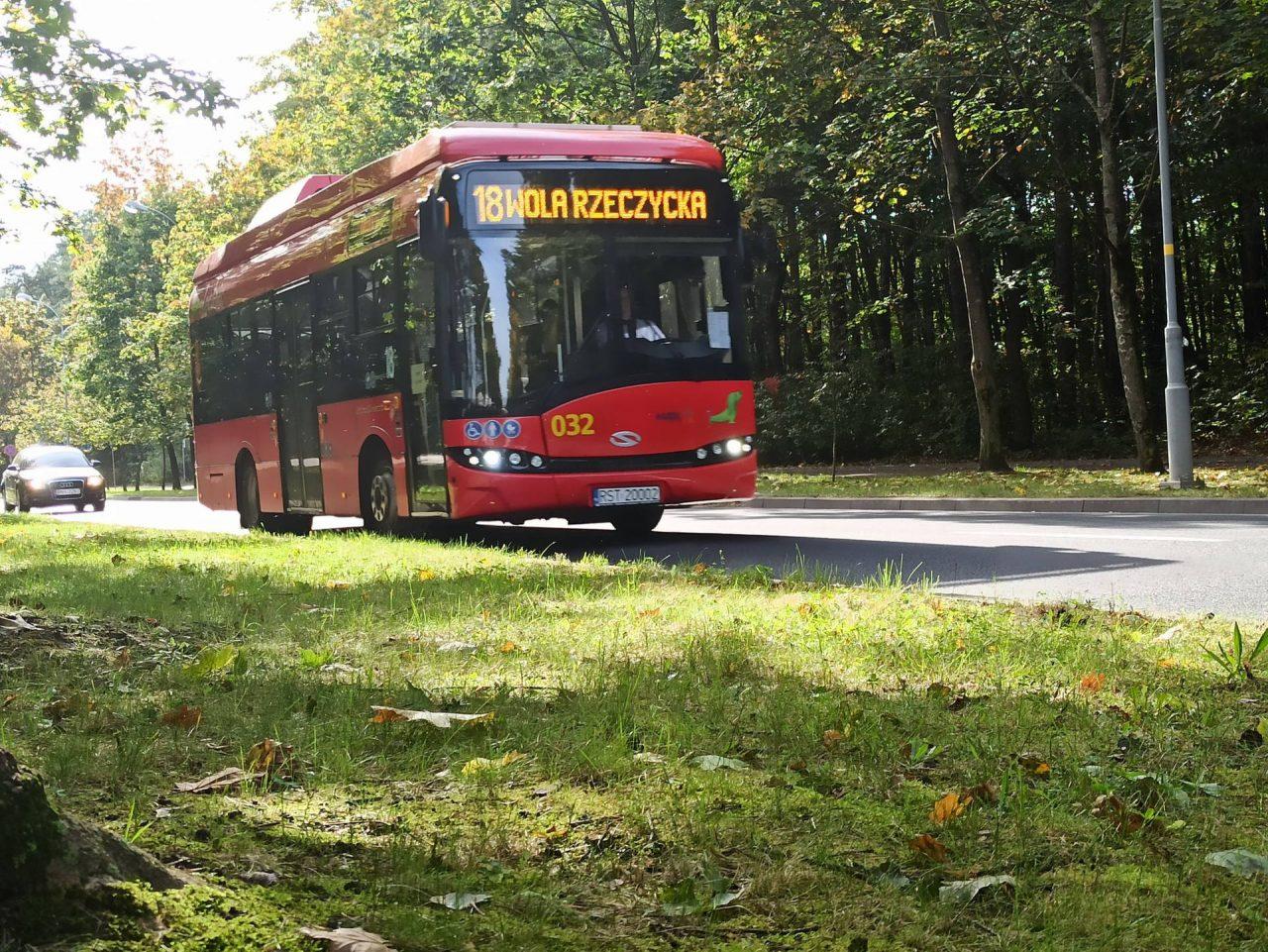 zdjęcie autobusu nr 18 w Stalowej Woli